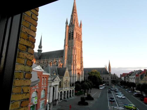 Hotel Pictures: Holiday Home Alice House, Ypres