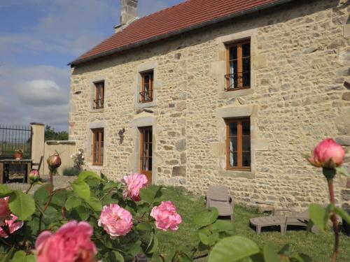 Hotel Pictures: , Saint-Priest-des-Champs