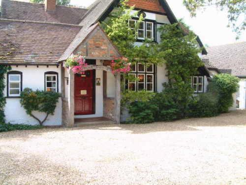 Hotel Pictures: West Lodge Hotel, Aylesbury