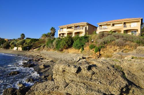 Hotel Pictures: Perla Marina, Linguizzetta