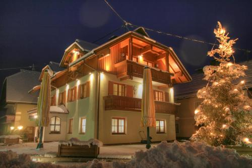 Hotelbilleder: Pension Oberjörg, Rattendorf