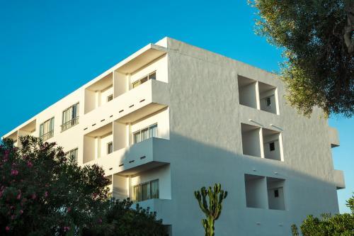 Hotel Pictures: Apartamentos Maria - Formentera Vacaciones, Es Pujols