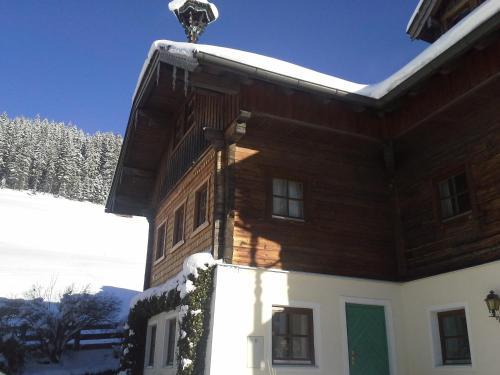 Hotelbilleder: Bauernhof Oberkendl, Wagrain