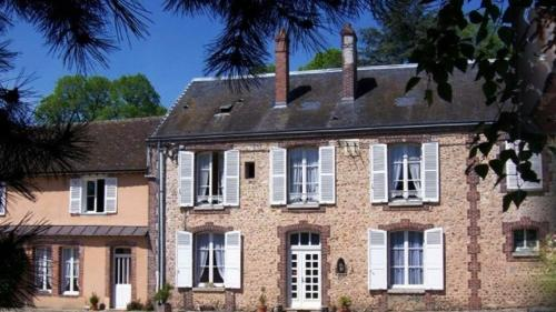 Hotel Pictures: Ferme du Château, Bailleau-l'Évêque