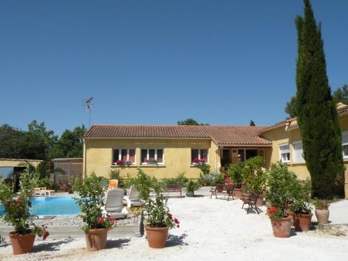 Hotel Pictures: Chambre d'hôtes Costa-Belle, Lunel-Viel