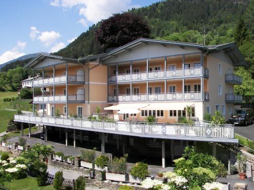 Hotelbilleder: Ferienappartements Karolinenhof, Millstatt