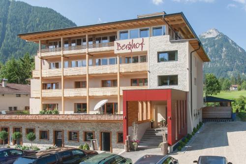 Fotos do Hotel: Hotel Garni Berghof, Pertisau