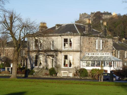 Hotel Pictures: Victoria Square Guest House, Stirling