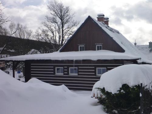 Hotel Pictures: Chalupa Krkonoše, Cerny Dul