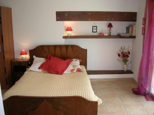 Hotel Pictures: Chambres d'Hôtes Sénathe, Saint-Romain-de-Benet
