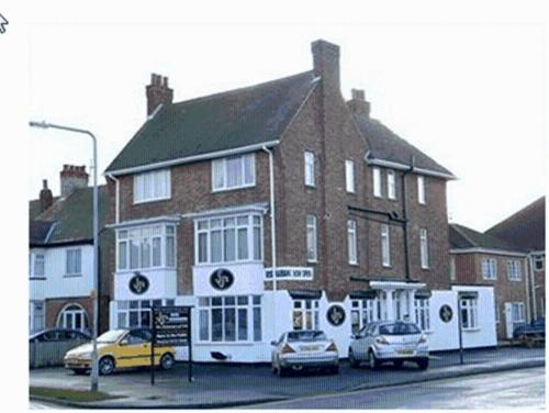 Hotel Pictures: JJs Hotel & Bar, Skegness