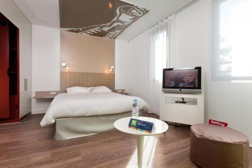Hotel Pictures: , Lesquin