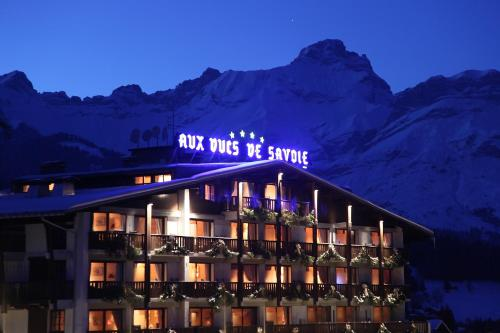 Hotel Pictures: Aux Ducs de Savoie, Combloux