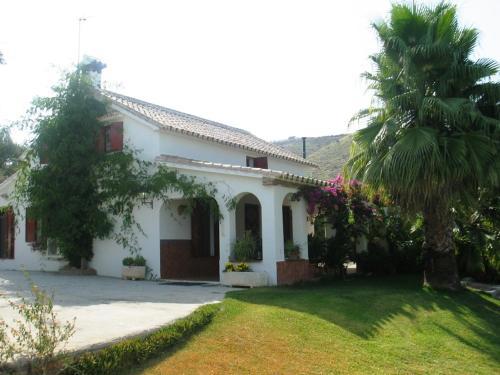 Hotel Pictures: La Trocha, Monda
