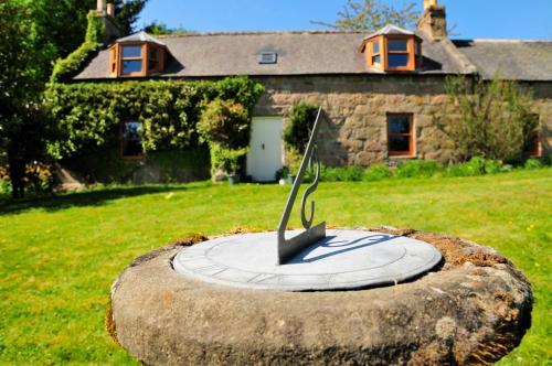 Hotel Pictures: Claggan Farm Vegetarian B&B, Aberlour