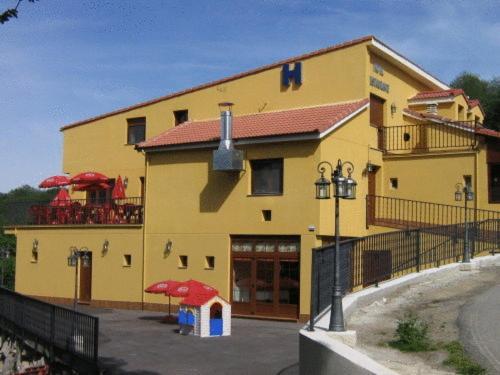Hotel Pictures: , Urbiés