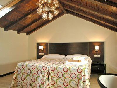 Hotel Pictures: , San Esteban de Gormaz