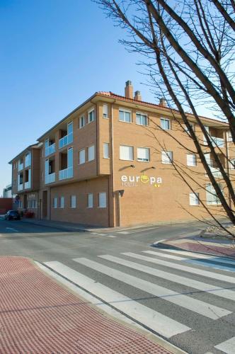Hotel Pictures: Hostal Europa, Castejón
