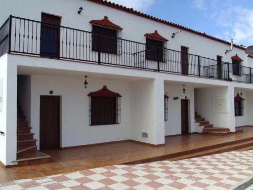 Hotel Pictures: Casa Los Riscos I y II, Cartajima