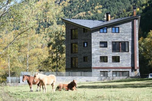 Zdjęcia hotelu: Apartaments Turístics Prat de Les Mines, Llorts
