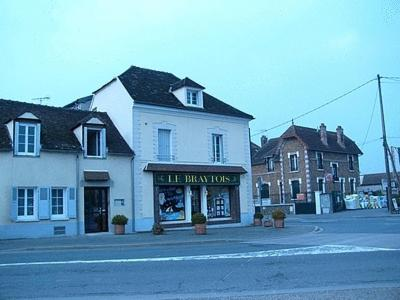 Pont sur yonne hotels hotel booking in pont sur yonne for Hotel design yonne