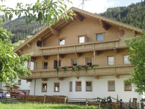 Hotel Pictures: Ferienwohnungen Klammerhof, Hainzenberg
