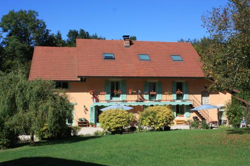 Hotel Pictures: , Lepin-le-Lac