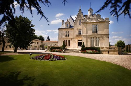 Hotel Pictures: Château Pape Clément, Pessac