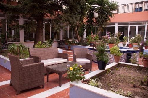 Hotel Pictures: Hospedería Reina De Los Ángeles, Aracena