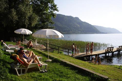 ホテル写真: Seehaus Karantanien am Ossiacher See, Ossiach