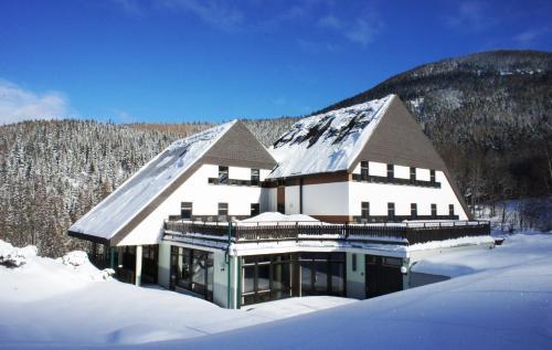 Hotellikuvia: , Annaberg