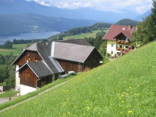 Foto Hotel: Forstnighof, Millstatt