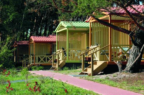 Hotel Pictures: Camping- und Ferienpark am Plauer See, Margarethenhof