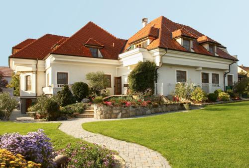 Fotografie hotelů: Landhaus Luka, Mörbisch am See