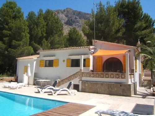 Hotel Pictures: Villa Shangrilla, Colonia de Sant Pere