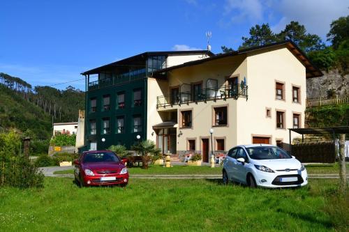 Hotel Pictures: , Canero