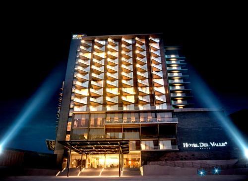 Hotel Pictures: Enjoy Santiago - Hotel del Valle, Los Andes