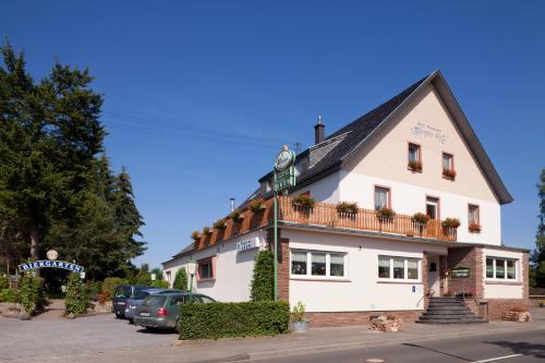 Hotel Pictures: Hotel-Restaurant Birgeler Hof, Birgel