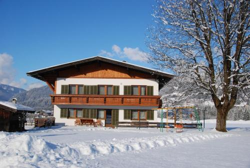 Hotellbilder: Ferienhaus Resi & Obermoser, Kössen