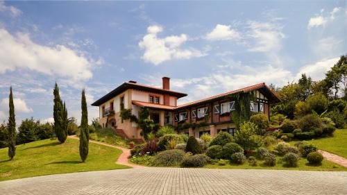 Hotel Pictures: , Llantada