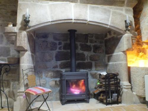 Hotel Pictures: L'Oustal dè Pèiro, Le Bourg