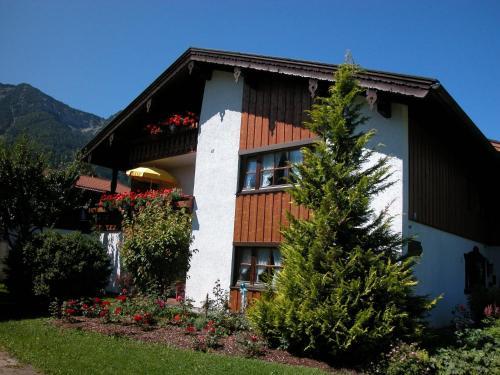 Hotel Pictures: Ferienwohnungen Kirmse, Inzell