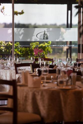 Devonvale Golf & Wine Lodge