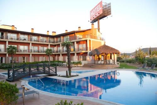 Hotel Pictures: Hotel Isla de La Garena, Alcalá de Henares