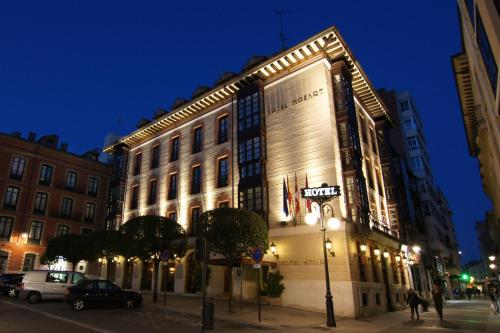 Hotel Pictures: Mozart, Valladolid