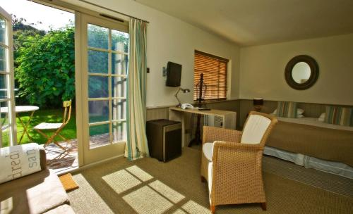 Hotel Pictures: Fleur Du Jardin, Kings Mills