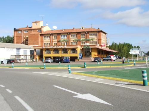 Hotel Pictures: , Monreal del Campo