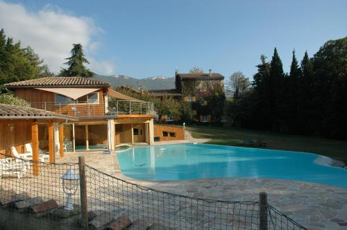 Hotel Pictures: , La Baume-Cornillane