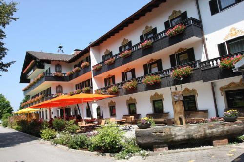 Hotel Pictures: Farbinger Hof, Bernau am Chiemsee