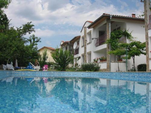 Fotos do Hotel: Zhuravi Kranevo Villas, Kranevo